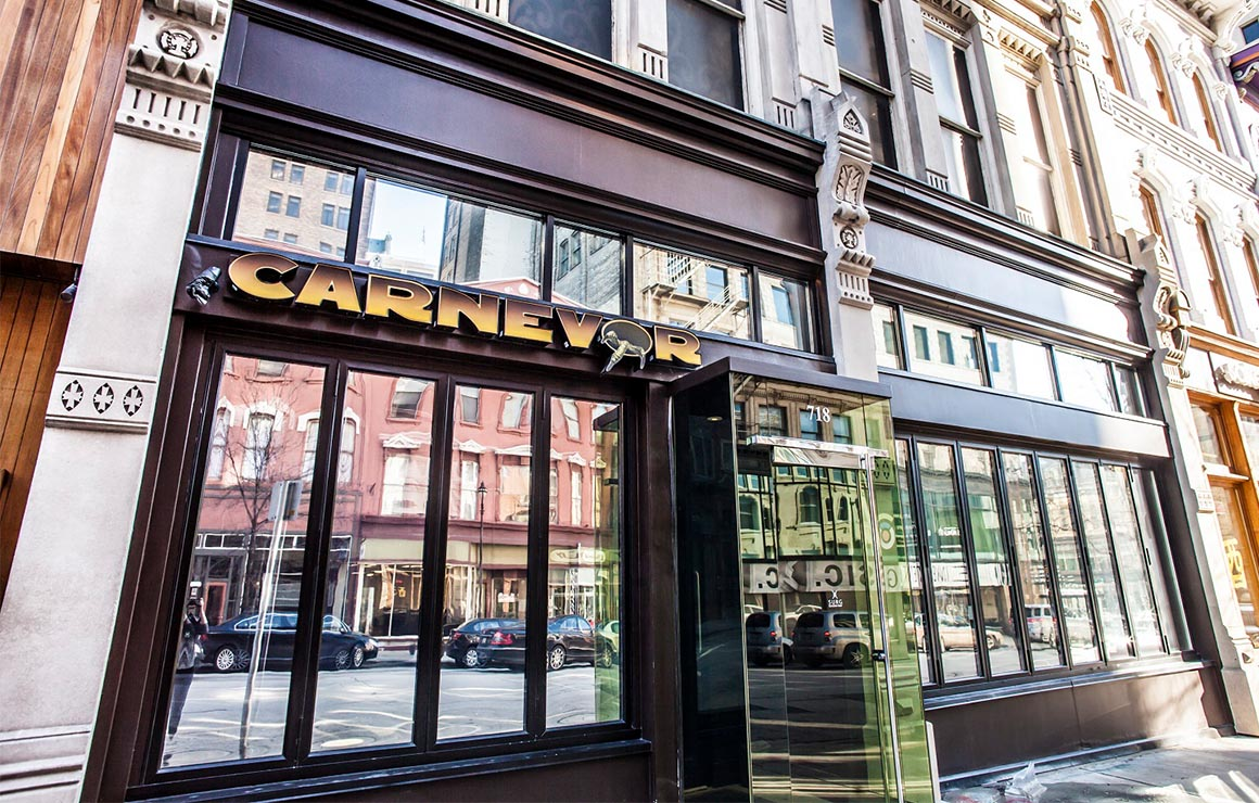 Carnevor Milwaukee Downtown