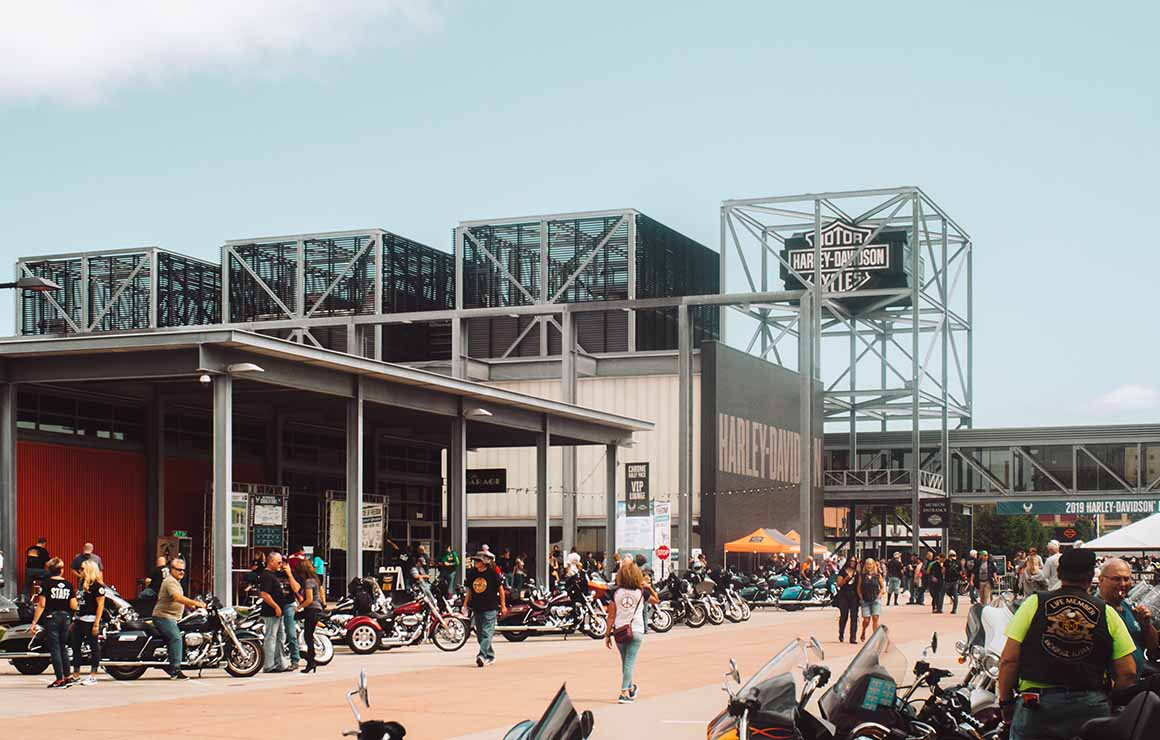 Harley Davidson Museum Milwaukee Downtown
